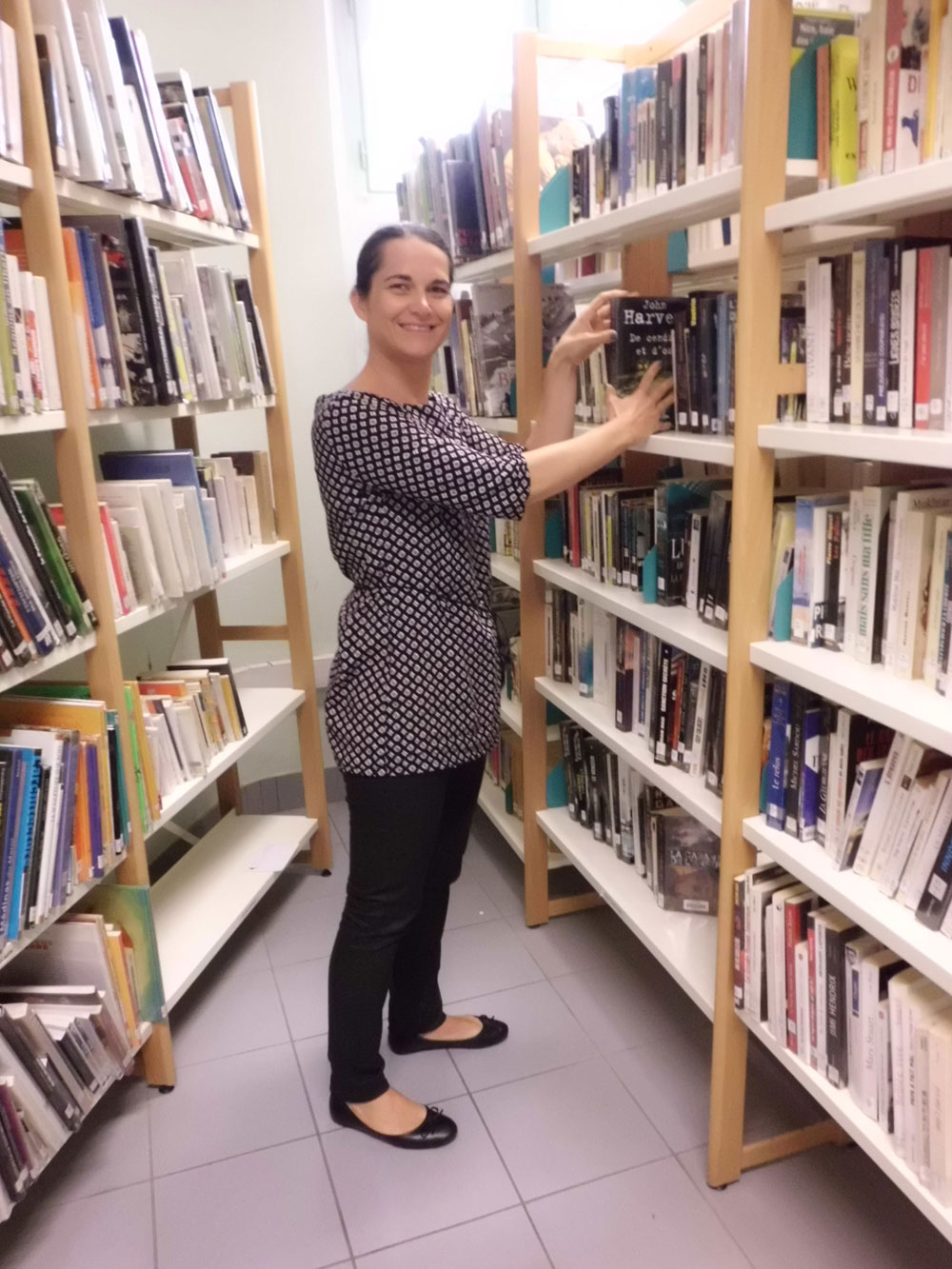 Rozenn Coconnier, bibliothécaire à la maison d'arrêt de Laval