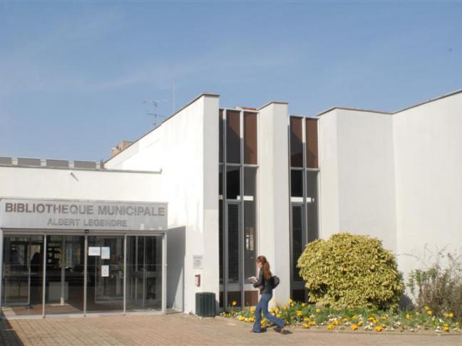 Bibliothèque municipale Albert Legendre - Laval