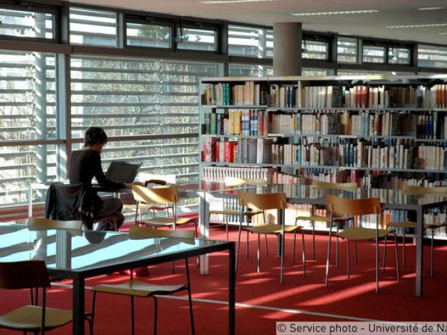 Bibliothèque universitaire Lettres et Sciences humaines et sociales - Nantes