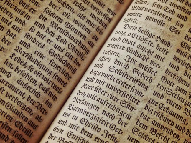 Fonds ancien de la Bibliothèque diocésaine de Laval