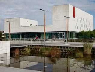 Médiathèque Floresca Guépin - Nantes