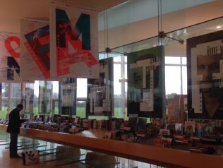 Des images partout à la Médiathèque Hermeland
