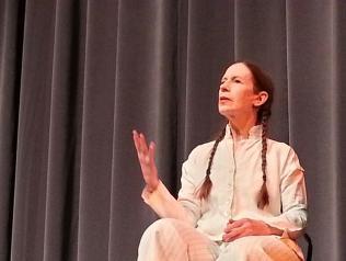 Meredith Monk, une voix mystique, Entretiens avec Jean-Louis Tallon