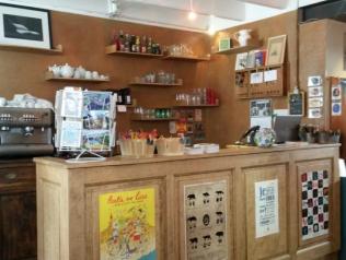 Vendeur.se en librairie - Ile de Groix (56)