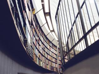 La direction des bibliothèques de Vendée recrute un.e bibliothécaire référent.e de collections