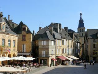Résidence d'écriture autour du livre jeunesse en Dordogne (24)